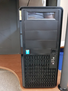 Intel Xeon (Haswell) Server + Monitor + Accessories