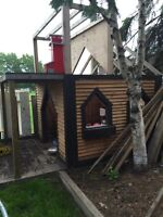 Kids playhouse to be moved.
