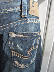 "NEW with Tags Men`s Silver Jeans ""Allan"" fit, 32 x 32"