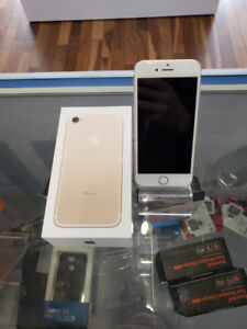 iPhone 7 32 GB unlock gold * perfect condition * Montréal