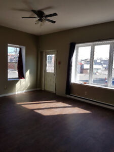 city center/2 bedroom/washer and dryer