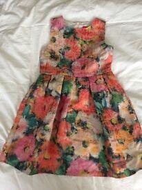 Girls Flowery Dress Age 6-7