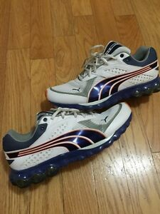 Mens size 11 Puma Running shoes mint! Best offer or trade
