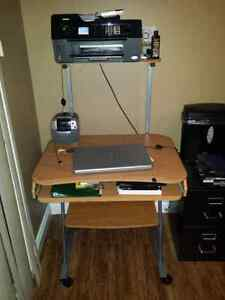Computer Desk | Buy or Sell Desks in Edmonton | Kijiji Classifieds