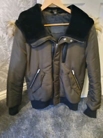 Mens ZARA puffer jacket with removable fur hood