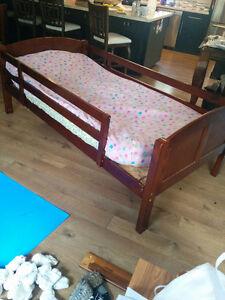Twin bed w/ mattress