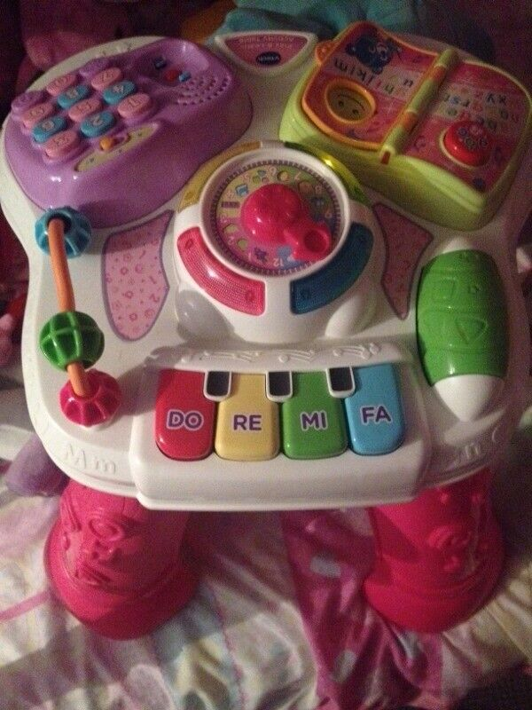 Little girls activity table