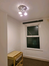 Room to let in Plaistow E13