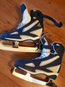 Ladies skates Ultima Softec size 9
