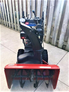 Toro Power Max Snowblower 1028 LXE