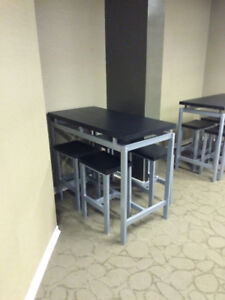 High Table with four bar stools (black and silver)