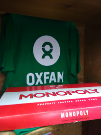 Vintage 1972 Classic Red Box MONOPOLY BOARD GAME