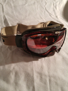 Bolle' snowboarding goggles 20$