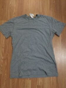 5 year basic t (Lululemon)