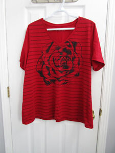 Ladies plus size red rose pattern short sleeve shirt size 1X