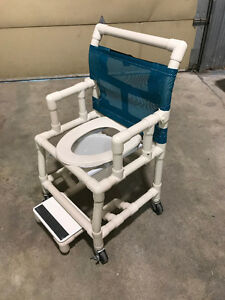 Chaise de douche - Personne à mobilité réduite