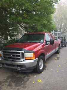 2001 Ford F-250 XL Camionnette