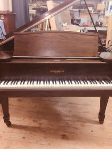 NO TAX on all PIANOS NEW YEAR CLEARANCE SALE!