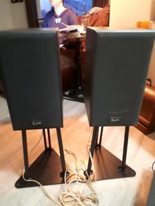 Acoustic Profiles PSL 6.1A bookshelf speakers