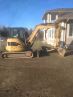 Mini excavator and operator for hire 6-ton