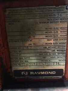 Raymond Reach truck - forklift - stand up Kitchener / Waterloo Kitchener Area image 6