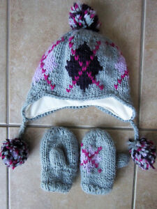 Girls Size 4-6X Knit Hat and Mitt Set