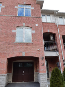 2Br 2.5 Bth for rent in Ajax available for Feb 1st