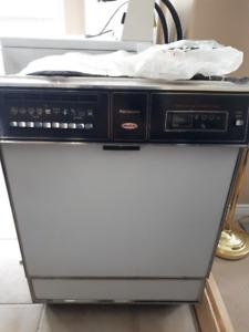 Dishwasher (Kenmore)