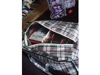 Huge bag of horror/thriller DVDs (about 100)