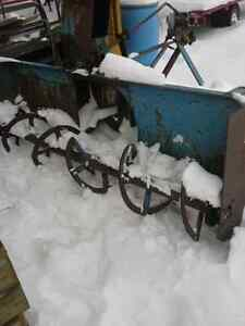 7 ft Lucknow snow blower