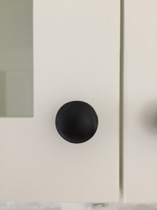 black kitchen knobs