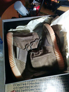 "Authentic Yeezy 750 boost ""Light Brown"" Kitchener / Waterloo Kitchener Area image 1"