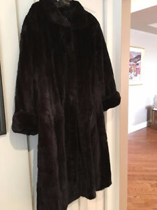 Female Ranch Mink Coat - Size 16 - 18
