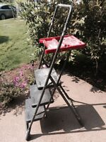 Heavy Duty Three step Folding Painters Ladder