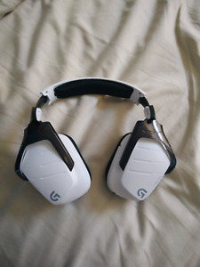 Logitech Wireless Gaming Headset for PC, PS4, and Xbox One