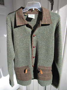 Hand-knit in Ireland, Cardigan by Carraig Donn (Aran), Medium