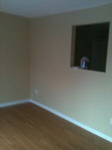 Bright open concept 2 Bedroom Condo with full garage Aylmer Gatineau Ottawa / Gatineau Area image 4