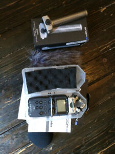Zoom H5 Audio Recorder with XYH-5 and SGH-6