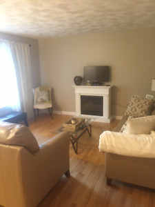 UTILITIES INC - AVAILABLE JULY 1 - 3 Bedroom recently renovated