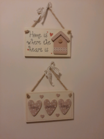 Set of 2 home sweet home and home is where the heart is plaques