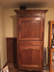 armoire ancienne  100% noyer