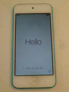 Blue 32GB iPod Touch 5th Gen w/case - Great Condition!