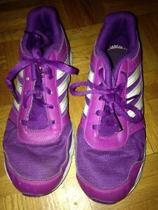 Girls Adidas running shoes size 2 & hat