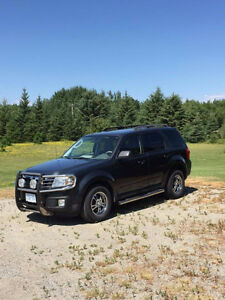 2010 MAZDA TRIBUTE GT 3L V6 - Many Extras, One Owner, No Rust or