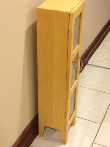 WOOD CD CABINET STORAGE- LIKE NEW (Paid $200) London Ontario image 4