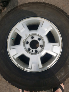 Ford f150 rims and tire 265/70/17