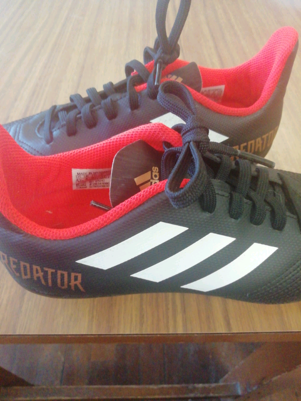 Adidas predator boots uk 4 | in Crieff, Perth and Kinross | Gumtree