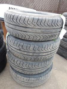 Pneus Pirelli 215/70R15....bonne condition,..