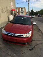 2011 Ford Focus with warranty