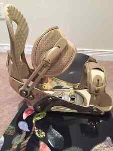 Roxy Ally Snowboard - boots, bindings and bag included West Island Greater Montréal image 5